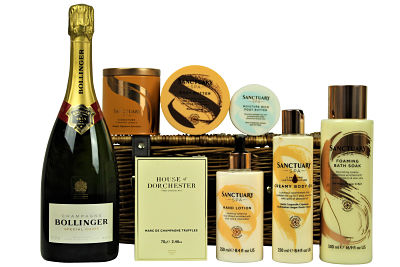 Sumptuous House of Dorchester chocolates accompany your preferred bottle choice within the Pamper Bath Gift Set. Create your own luxurious Spa Day at home with the Sanctuary Spa products. Luxury bath float, nourishing body butter and pampering foot cream to name but a few. Ideal as a gift or to simply to treat yourself.