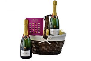 Champagne & chocolates gift hamper. Select from our premium award winning champagnes for the ultimate gift.
