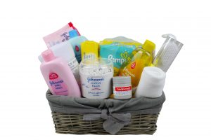 New Baby Essentials Bath Gift. All you require for bathing and changing a new born baby. Perfect gift for new parents, grandparents or baby shower.