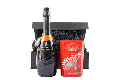 Prosecco and chocolate gift box. Select your choice of prosecco and chocolate from our award winning range,