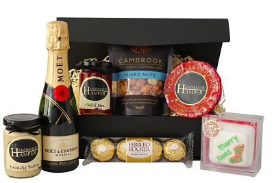 a-christmas-carol-gift-hamper_opt