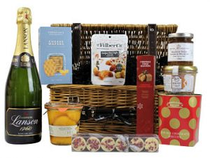 The prestigious Let it Snow Christmas Gift Hamper is a superb choice of luxury gifts. Make this a gift of thought and love by choosing your favourite bottle, pate and preserved fruits to accompany the gourmet Award Winning goodies inside. Presented in a traditional willow basket, this will certainly bring delight to the festivities.