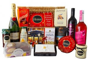 The White Christmas Gift Hamper
