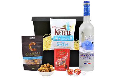 Vodka and Nibbles Gift Set