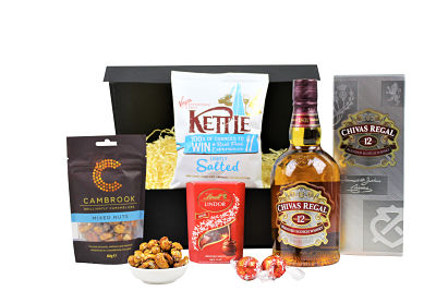 Whisky and Nibbles Gift Set