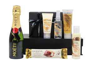 Sanctuary Spa Pamper Box. Pampering mini skincare products to accompany a bottle and chocolate bar of your choosing.