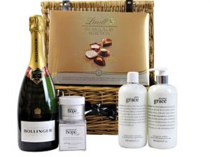 Give an exceptional pampering gift to someone special in your life with the Luxurious Pamper Gift Basket. Pampering skin care products from the Philosophy Amazing Grace and Pure Grace range along with Renewed Hope in a Jar facial moisturiser. Luxurious Lindt Swiss assorted chocolates and a bottle of sparkling bubbles make this gift basket complete. An amazing luxury pampering gift anyone would love to receive.