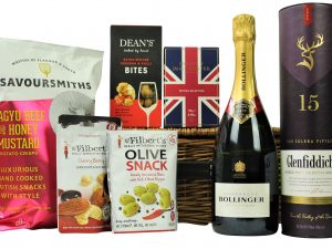 A Celebration Toast Gift Basket is teaming with delicious treats to accompany your preferred bottles of Champagne or Prosecco and Whisky. Select your favourite flavours of olives, nuts, and crisps before adding your box of chocolates from the House of Dorchester to accompany your toasting bottles and celebrate in style!