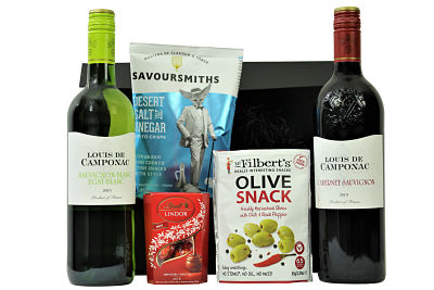 The Louis De Camponac Wine Box is a French wine lovers delight. The red Cabernet Sauvignon gives complexity and spice whilst the white Cabernet Blanc is harmonious with its fresh and fruity flavours. Enjoy these wines with our morishly delicious treats and make this an extra special gift.