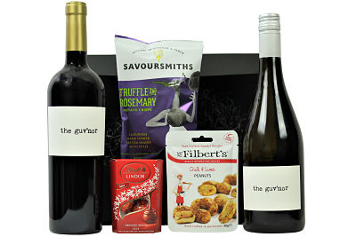 The Guv'nor Wine Box is delicious proof that throwing out the rule book can yield fantastic results. This Spanish red and white wine are bold and fruity in flavour, described as a party in a bottle and perfect for any celebration. Enjoy these wines with our delicious luxurious tasty nibbles and make this an extra special gifting treat.