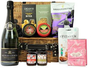 The Celebration Bubbly and Cheese Hamper is filled full of sumptuous treats for any discerning foodie. Create your own luxury gift basket by selecting all your favourite tastes and flavours to accompany your preferred bottle of Prosecco or Champagne. A delicious gift to spoil someone special.