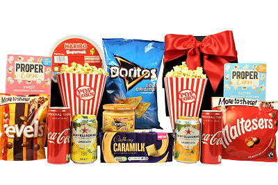 Bring the movies to your front room with our Movie Night Treat Box. All your favourite delicious snacks for the perfect night in front of the TV. Popcorn, Dorito's, dipping sauce, sparkling drinks, Haribos and much more. Whether you enjoy alone or with family and friends, we have something to please everyone.